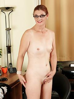 Free Small Tits Porn Pics