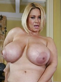 Free Big Tits Porn Pics