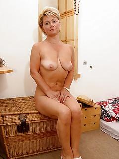 Free Wife Porn Pics