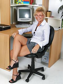 Free Office Porn Pics