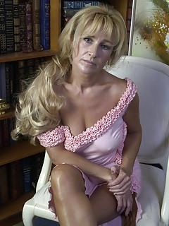 Free Mature Porn Pics